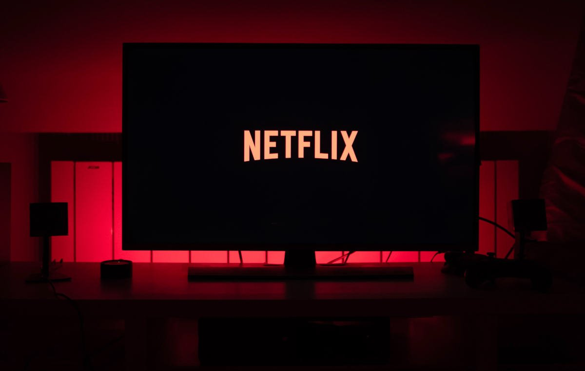 come attivare Ok Google esempio streaming Netflix