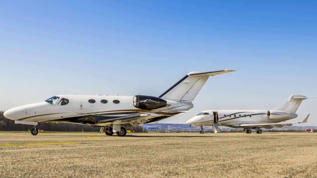 come prenotare un volo online jet privato