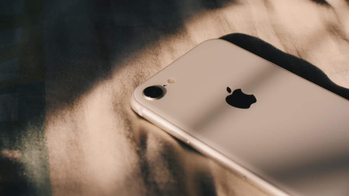 come attivare lo streaming foto su iPhone