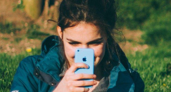 Come eliminare foto da iPhone: guida completa