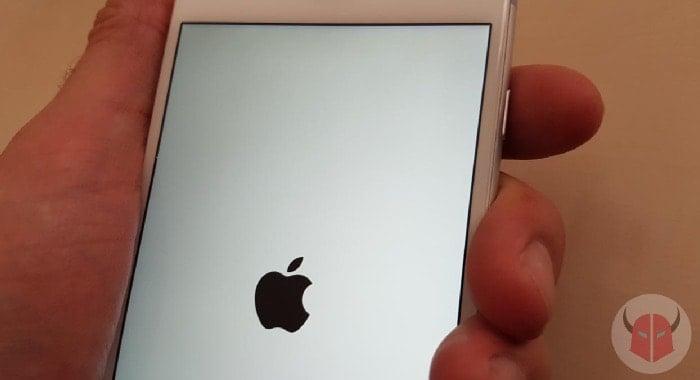 cosa fare se iPhone cade in acqua accensione