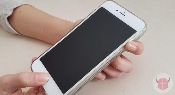 cosa fare se iPhone si blocca riavvio forzato