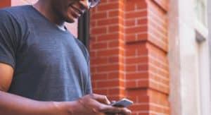 Come leggere messaggi WhatsApp con Siri