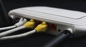Come collegare router a modem