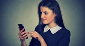 Come cancellare messaggi WhatsApp senza leggerli
