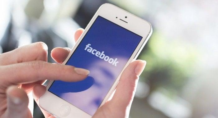 come togliere nome tra parentesi Facebook