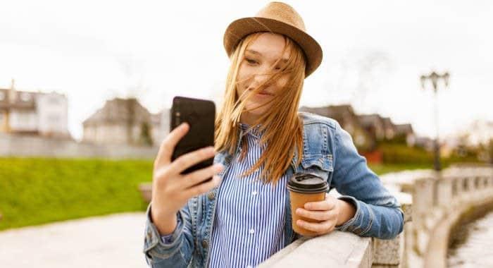 come aggiungere luoghi su Instagram post e Storie