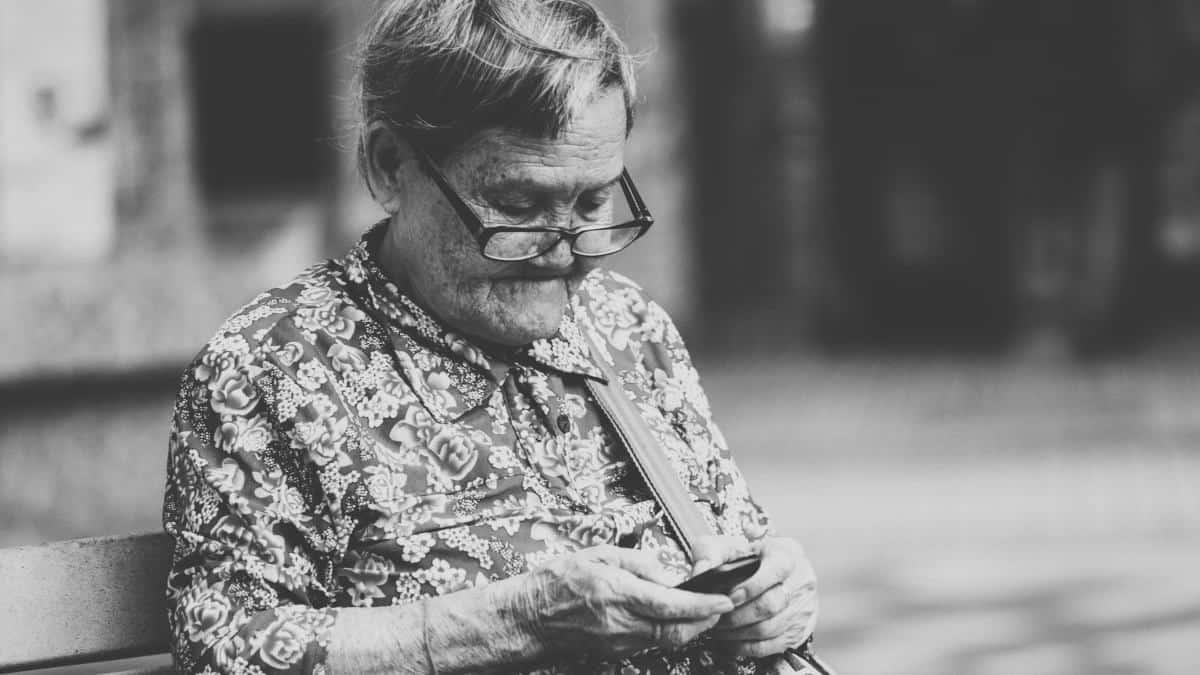 miglior smartphone per WhatsApp anziani
