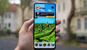 smartphone per giocare esempio Minecraft