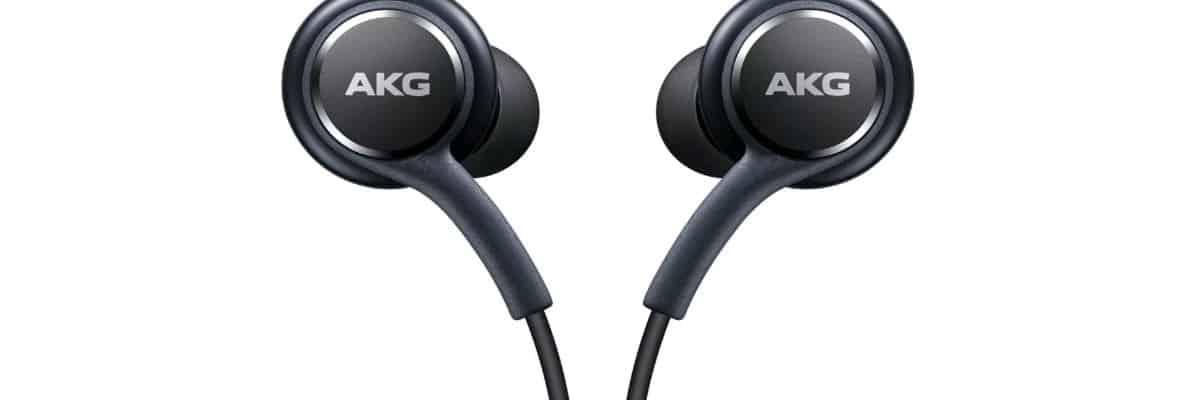 quale smartphone Samsung comprare accessorio Cuffie in-ear Samsung AKG