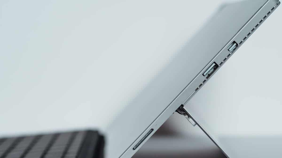 come attivare la webcam su PC porte USB