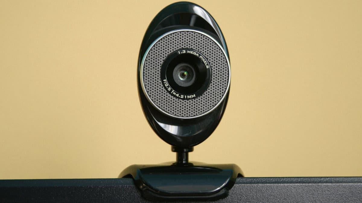 come attivare la webcam su PC