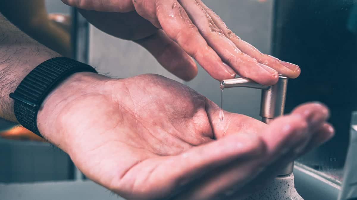 come disinfettare un Mac lavaggio mani