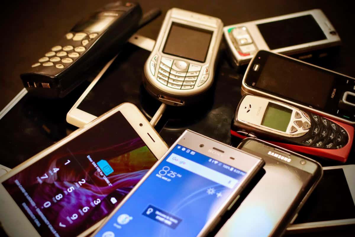 miglior smartphone per anziani funzioni e caratteristiche