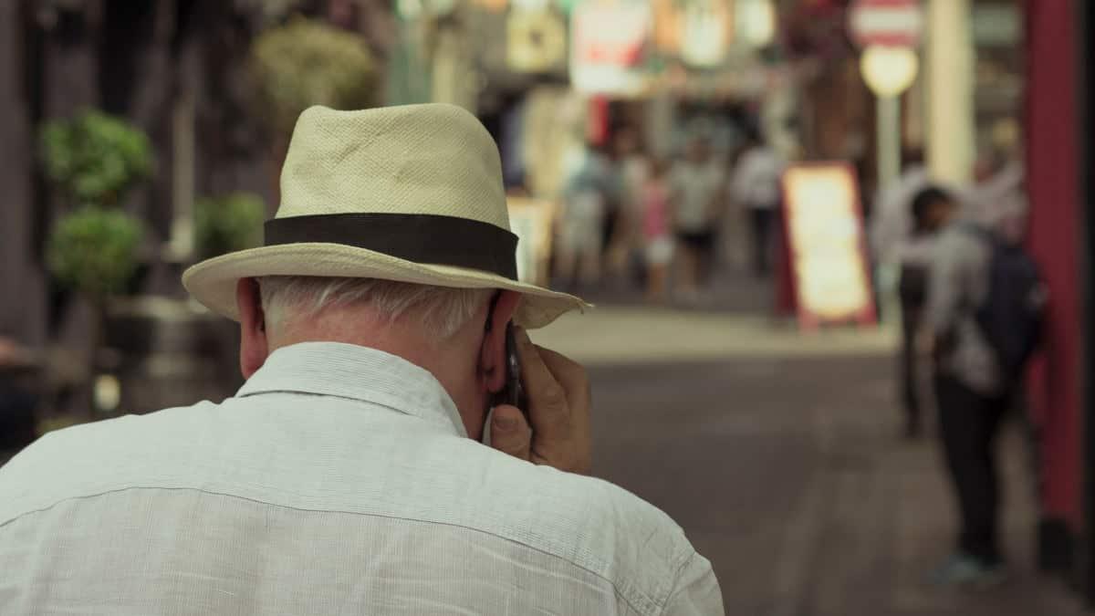 miglior smartphone per anziani primo avvio esempio chiamata