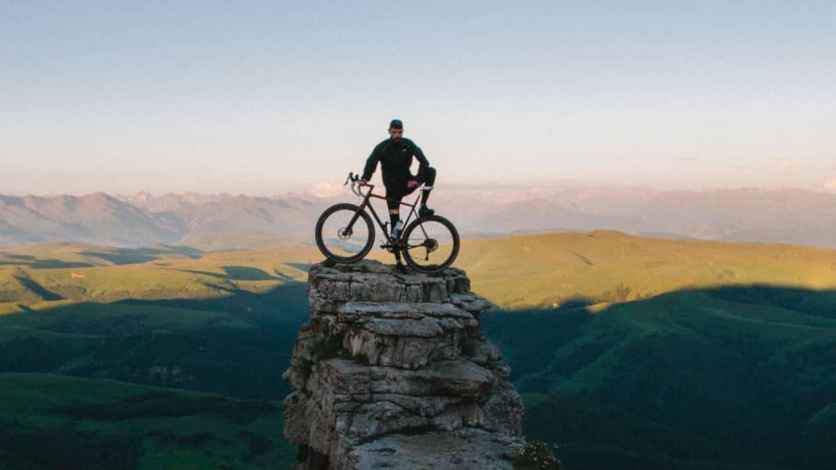 organizzare un viaggio da soli in bici