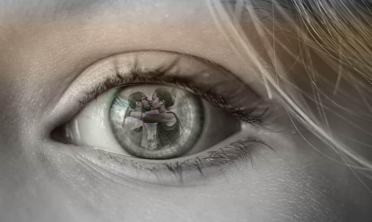 superare la fine di una relazione concetto di tradimento