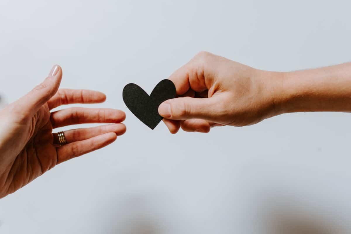 capire se piaci veramente a una persona concetto di amore stanco