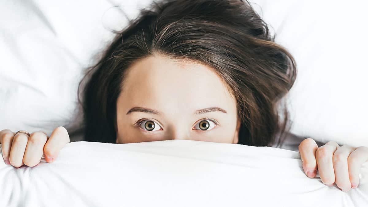 emozioni incontrollate paura stare sotto le lenzuola