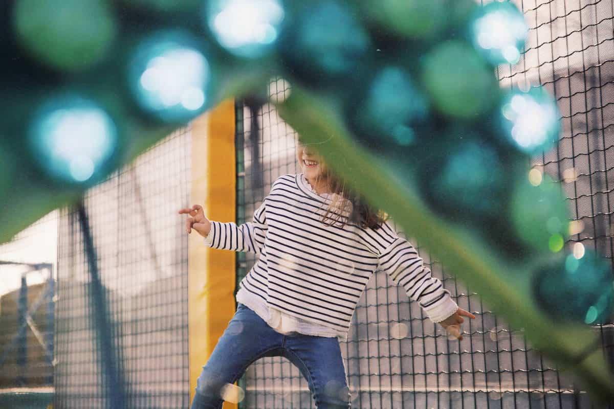 attività da fare quando piove bambini parco divertimenti coperto