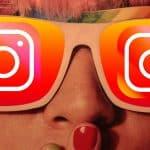 donna con occhiali icona Instagram espressione stupore per condividere Reels Instagram