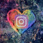 pronomi Instagram logo su cuore LGBT